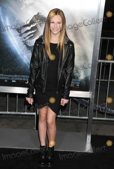 Autumn Miller Photo - Photo by KGC-136starmaxinccomSTAR MAX2015ALL RIGHTS RESERVEDTelephoneFax (212) 995-119612715Autumn Miller aka Autie Freestyle Friday at the premiere of Project Almanac(Hollywood CA)