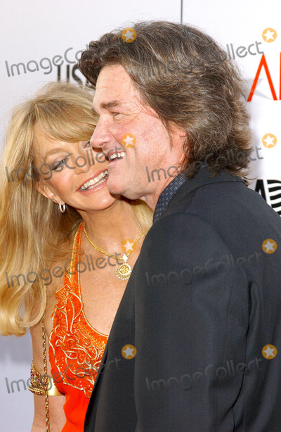 Goldie Hawn Photo - Photo by Lee Rothstarmaxinccom200461004Goldie Hawn and Kurt Russell at the 32nd AFI Lifetime Achievement Award(Hollywood CA)