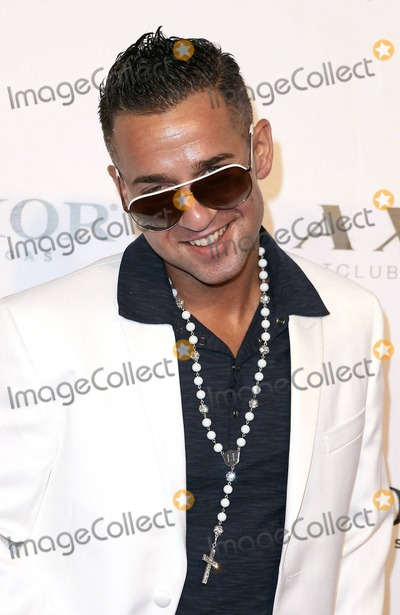 Mike The Situation Sorrentino Photo - Jersey Shores star Mike The Situation Sorrentino kicks off Labor Day Weekend at LAX Nightclub in the Luxor Hotel   Casino Las Vegas NV 3rd September 2011