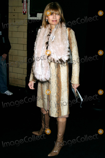 Ann McNally Photo - Anne Mcnally at Marc Jacobs Showing of Fall Collection at NY State Armory in New York City on February 9 2004 Photo by Henry McgeeGlobe Photos Inc 2004