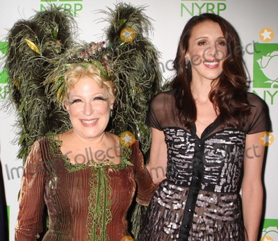 ALEXANDRA  KERRY Photo - New York NY 10-29-2010Bette Midler and Alexandra Kerry at Bette Midlers New York Restoration Projects Annual Hulaween Benefit Gala at the Waldorf-AstoriaDigital photo by Lane Ericcson-PHOTOlinknet