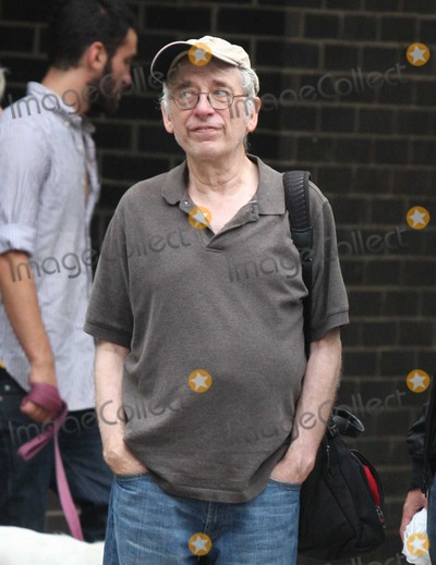 Austin Pendleton Photo - NYC  082909EXCLUSIVE Austin Pendleton and friend walking in the West VillageEXCLUSIVE photo by Adam Nemser-PHOTOlinknet