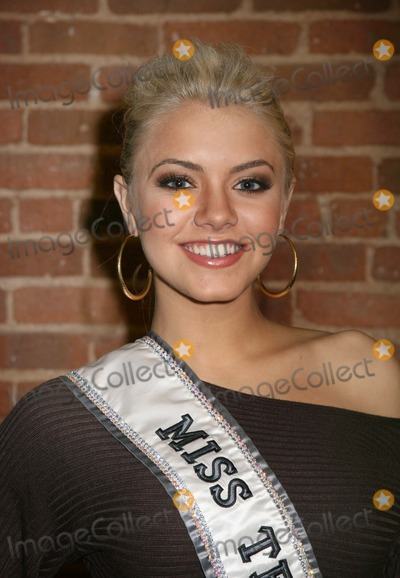 Katie Blair and Tara Connor - Photos - Beauty pageant