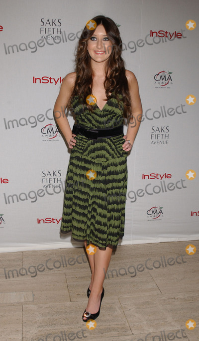 AUBREY SELLERS Photo - Aubrey Sellers at the Saks Fifth Avenue and In Touch Magazine host a reception for the nominees of the 39th Annual CMAs