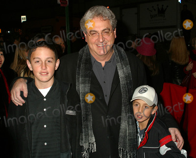 Harold Ramis Photo - Director Harold Ramis and his sons arriving at the World Premiere of Analyze That in New York December 12 2002