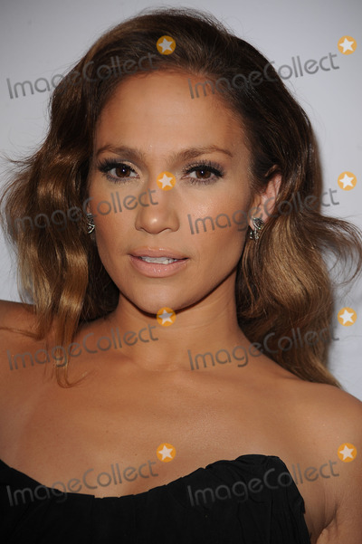 SCOTT BARNES Photo - Singer and actress Jennifer Lopez arriving at the launch party for Scott Barnes About Face book at Provocateur at The Hotel Gansevoort on January 20 2010 in New York City