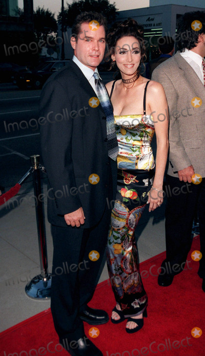 Dean Martin Photo - 18AUG98  Actor RAY LIOTTA  wife MICHELLE at the Beverly Hills premiere of HBOs The Rat Pack He plays Frank Sinatra in the movie which is based on the lives of Sinatra Dean Martin Peter Lawford  Joey Bishop