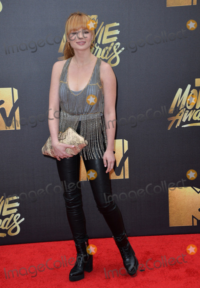Ashley Rickards Photo - BURBANK CA April 9 2016 Ashley Rickards at the 2016 MTV Movie Awards at Warner Bros StudiosPicture Paul Smith  Featureflash