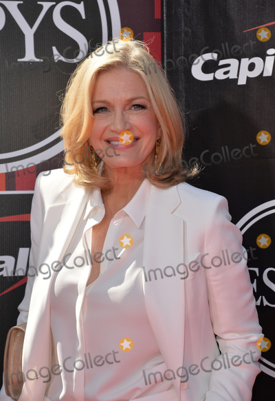 Diane Sawyer Photo - Diane Sawyer at the 2015 ESPY Awards at the Microsoft Theatre LA LiveJuly 15 2015  Los Angeles CAPicture Paul Smith  Featureflash