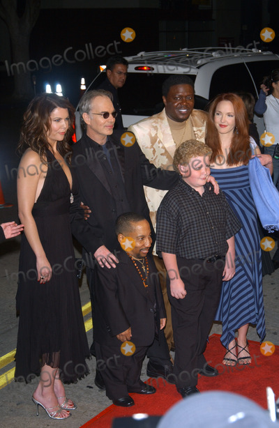 Brett Kelly Photo - LtoR back row  LAUREN GRAHAM BILLY BOB THORNTON BERNIE MAC AMY YASBECK front row TONY COX  BRETT KELLY at the Los Angeles premiere of their new movie Bad SantaNovember 18 2003 Paul Smith  Featureflash