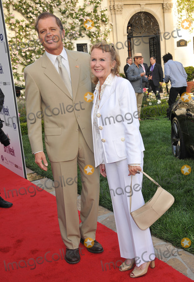 Maxwell Photo - Juliet Mills  husband Maxwell Caulfield at the launch party for BritWeek 2013 at the residence of the British Consul General in Los AngelesApril 23 2013  Los Angeles CAPicture Paul Smith  Featureflash