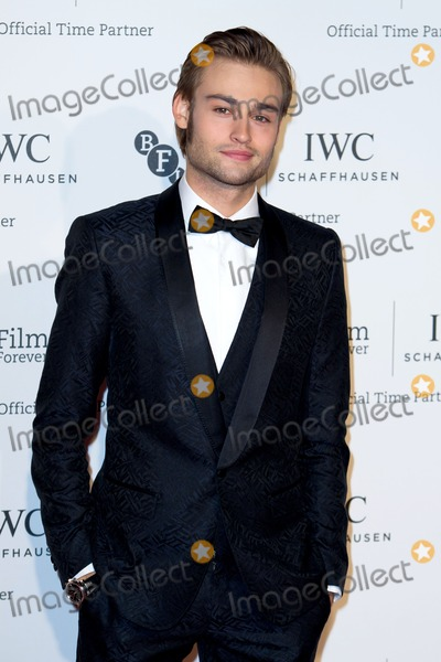 Douglas Booth Photo - Douglas Booth arriving for the IWC Gala dinner in honour of the BFI at Battersea Evolution London 07102014 Picture by Alexandra Glen  Featureflash