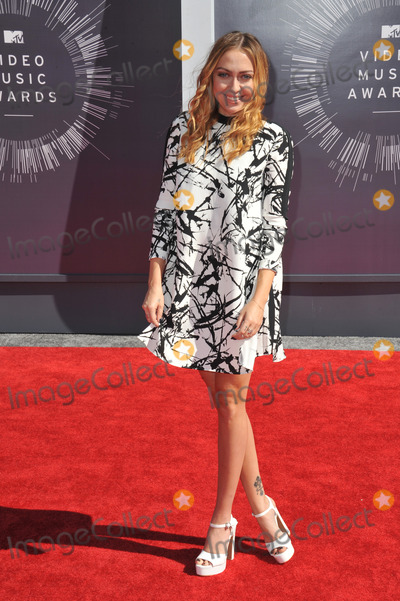 Brandi Cyrus Photo - Brandi Cyrus at the 2014 MTV Video Music Awards at the Forum Los AngelesAugust 24 2014  Los Angeles CAPicture Paul Smith  Featureflash