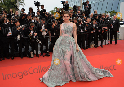Araya Hargate Photo - Araya Hargate at the gala premiere for The BFG at the 69th Festival de CannesMay 14 2016  Cannes FrancePicture Paul Smith  Featureflash