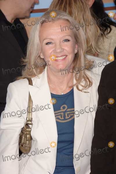 Hayley Mills Photo - HAYLEY MILLS at Film Independents 2006 Independent Spirit Awards on the beach in Santa MonicaMarch 4 2006  Santa Monica CA 2006 Paul Smith  Featureflash