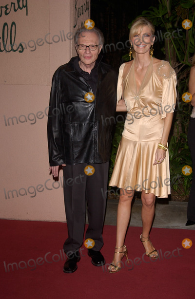 Larry King Photo - Feb 12 2005 Beverly Hills CA LARRY KING  wife at record mogul Clive Davis Annual pre-Grammy party at the Beverly Hills Hotel