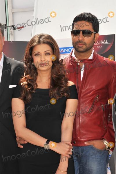 Abhishek Bachchan Photo - Aishwarya Rai Bachchan  husband Abhishek Bachchan at photocall for their new movie Raavan at the 63rd Festival de CannesMay 17 2010  Cannes FrancePicture Paul Smith  Featureflash