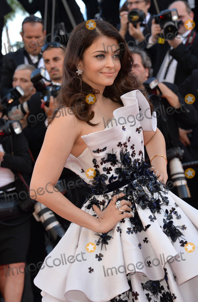 Aishwarya Rai-Bachchan Photo - Aishwarya Rai Bachchan at the gala premiere for Youth at the 68th Festival de CannesMay 20 2015  Cannes FrancePicture Paul Smith  Featureflash