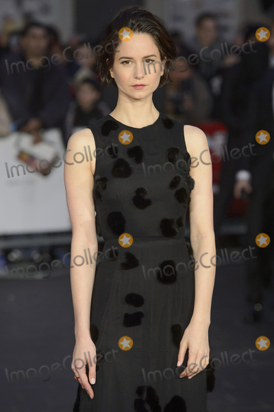 Katherine Waterston Photo - Katherine Waterston at the UK premiere of Steve Jobs on the closing night of the BFI London Film Festival 2015 at the Odeon Leicester Square LondonOctober 18 2015  London UKPicture Dave Norton  Featureflash