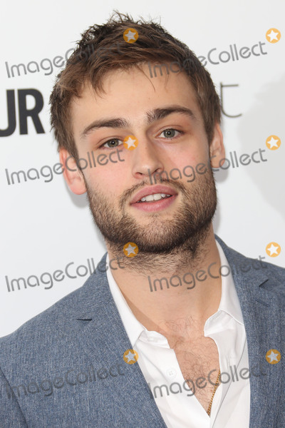 Douglas Booth Photo - Douglas Booth at the Glamour Women of the Year Awards 2015 at Berkeley Square GardensJune 2 2015  London UKPicture James Smith  Featureflash