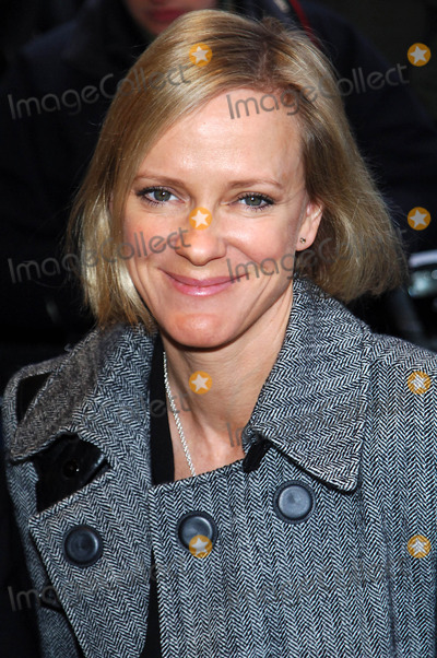 Hermione Norris Photo - London UK Hermione Norris at the  South Bank Show Arrivals held at the Dorchester Hotel Park Lane London 20th January 2009 Chris Joseph Landmark Media