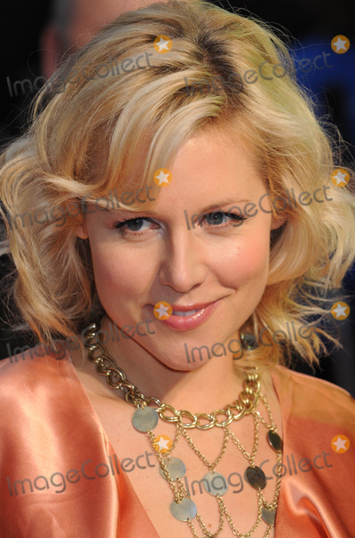 Abi Titmuss Photo - London UK Abi Titmuss at the Premiere of Arthur Christmas at the Empire Leicester Square 6th November 2011Matt LewisLandmark Media