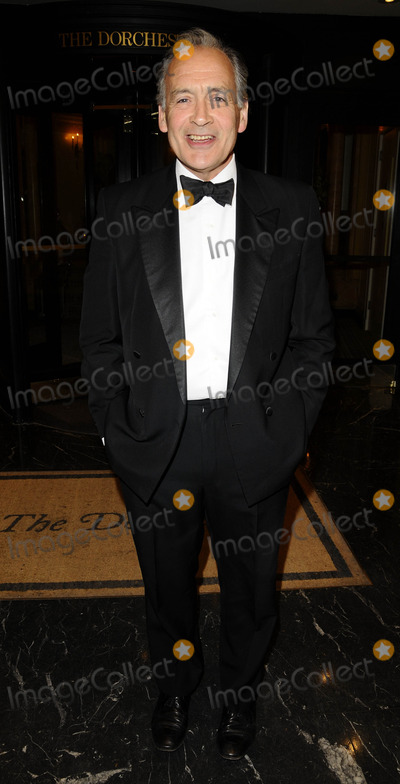 Alistair Stewart Photo - London UK Alistair Stewart   at the  NCH Summer BallThe Dorchester 55 Park Lane London W1 13th June 2008 Can NguyenLandmark Media