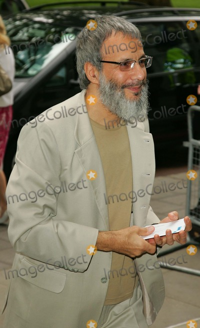 Cat Stevens Photo - London UK  Yusuf Islam (AKA Cat Stevens)   at the Ivor Novello Awards held at the Grosvenor Hotel Park Lane  24th May 2007 Rf Keith MayhewLandmark Media