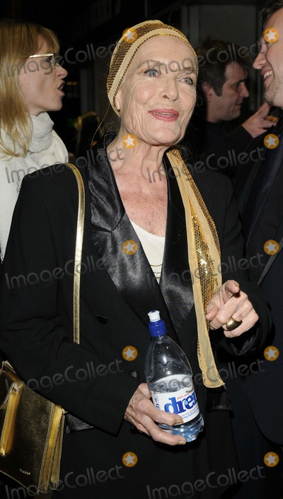 Shirley Eaton Photo - London UK Shirley Eaton at the Everything Or Nothing The Untold Story Of 007 private screening held at Odeon West End cinema Leicester Square 1st October 2012Can NguyenLandmark Media