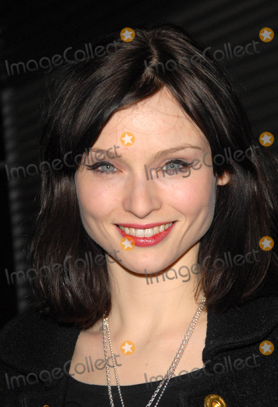 Sophie Ellis Bextor Photo - LondonUK Singer Sophie Ellis Bextor at the Thomas Sabo Spring and Summer jewellery event at the Natural History Museum Kensington London12th March 2008 SydLandmark Media