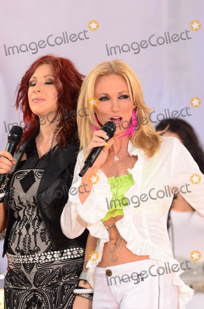 Tiffany Renee Darwish Photo - Debbie Gibson and Tiffany Aka Tiffany Renee Darwish the Premiere of Rise of the Planet of the Apes at the Chinese Theater in Hollywoodca on July 282011 Graham Whitby Boot-allstar - Globe Photos Inc