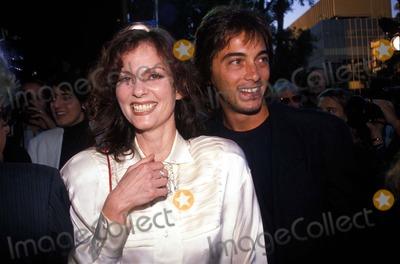 Leslie Ann Warren Photo - Scottbaioretro Scott Baio and Leslie Ann Warren Photo by PaulamichelsonGlobe Photos Inc