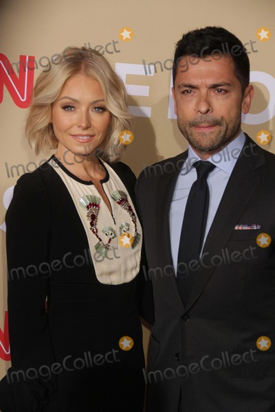 Kelly Ripa Photo - Kelly Ripamark at Cnn Heroesan All-star Tribute at American Museum of National History11-17-2015 John BarrettGlobe Photos