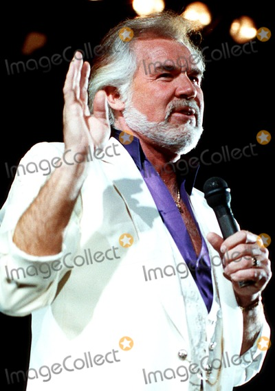 Kenny Rogers Photo - Kenny Rogers Photo ByuppaipolGlobe Photos Inc 1990 Kennyrogersretro