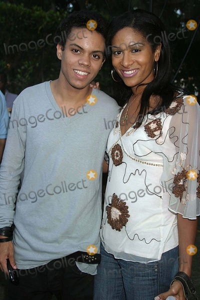 Ashley Sousa Photo - Robi Reed Hosts Her 4th Annual End of Summer Party Sponsored by Nike Tanqueray and Crown Royal Private Residence Los Angeles CA 08-26-2006 Evan Ross and Date Ashley Sousa Photo Clinton H Wallace-photomundo-Globe Photos Inc