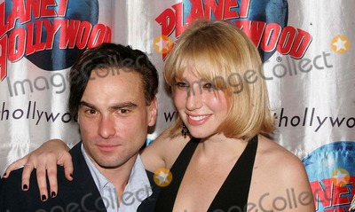 Ari Graynor Photo - Afterparty For the Little Dog Laughed Broadway Opening Night Planet Hollywood 11-13-2006 Photos by Rick Mackler Rangefinder-Globe Photos Inc2006 Johnny Galecki and Ari Graynor