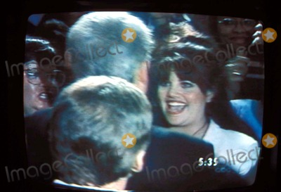 Monica Lewinsky Photo - Bill Clinton with Monica Lewinsky I9127ar Supplied by IpolGlobe Photos Inc