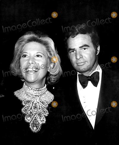 Burt Reynolds Photo - Dinah Shore and Burt Reynolds Jb1029 Nate CutlerGlobe Photos Inc
