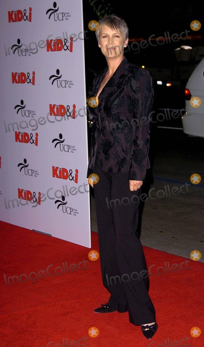 Jamie Lee Curtis Photo - Los Angeles Premiere of the Kid and I the Mann Graumans Cheinese Theater Hollywood Ca11-28-05 Photo David Longendyke-Globe Photos Inc 2005 Imagejamie Lee Curtis