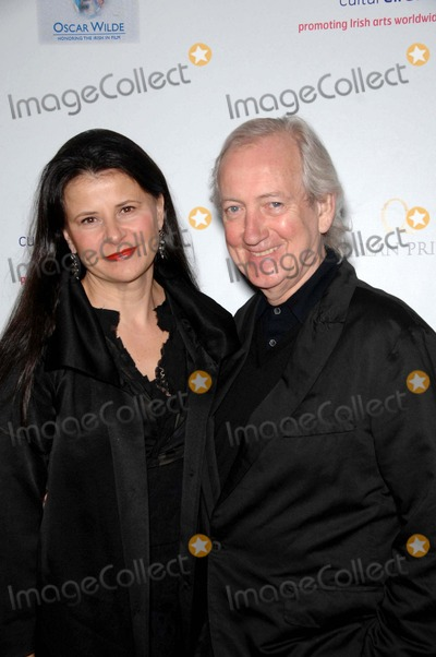 Allan McKeown Photo - Tracey Ullman and Allan Mckeown During the Us-ireland Alliance Pre-academy Awards Event Held at the Ebell Club of Los Angeles on February 19 2009 in Los Angeles Photo Michael Germana - Globe Photos