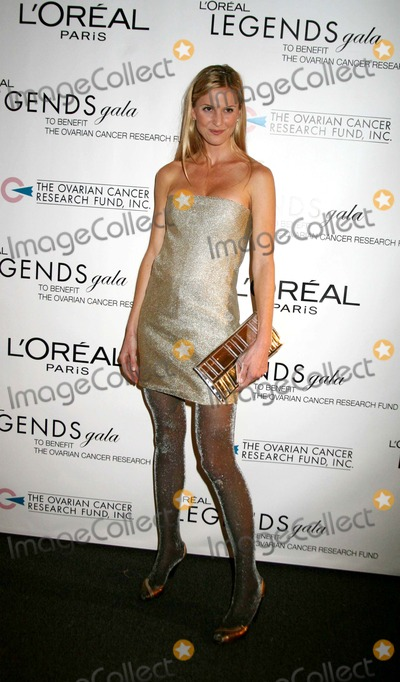 Annelise Peterson Photo - Loreal Legends Gala Benefiting the Ovarian Cancer Research Fund at the American Museum of Natural History in Manhattan on November 82006 Photo by Sonia Moskowitz-Globe Photosinc Annelise Peterson