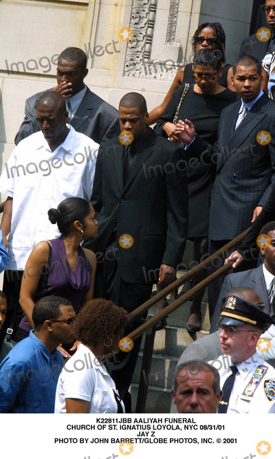 Aaliyah Photo - Aaliyah Funeral Church of St Ignatius Loyola NYC 083101 Jay Z Photo by John BarrettGlobe Photos Inc