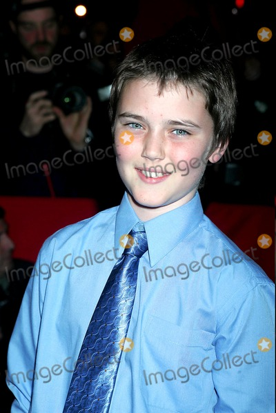 Cameron Bright Photo - New York Premiere Screening of Birth at Loews Lincoln Square New York City 10262004 Photo Rick Mackler  Rangefinders  Globe Photos Inc 2004 Cameron Bright