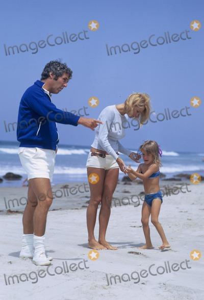 Burt Bacharach Photo - Burt Bacharach with Angie Dickinson and Daughter Lea Nikki Bacharach 1971 W7791b Photo by Don Ornitz-Globe Photos Inc