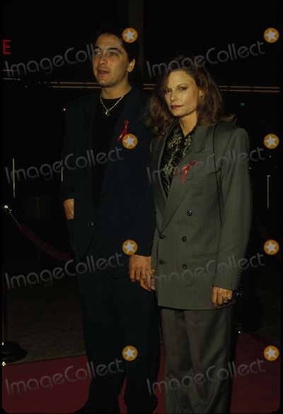 Kay Lenz Photo - Scottbaioretro Scott Baio and Kay Lenz L2793 1992 Photo by Tom RodriguezGlobe Photos Inc