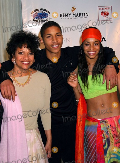 Beyonce Photo - - Beyonce New Album Party For Dangerously in Love - Mondrian Hotel West Hollywood CA - 06242003 - Photo by Ed Geller  Egi  Globe Photos Inc 2003 - Debbie Allen Her Son Norm and Daughter Vivian