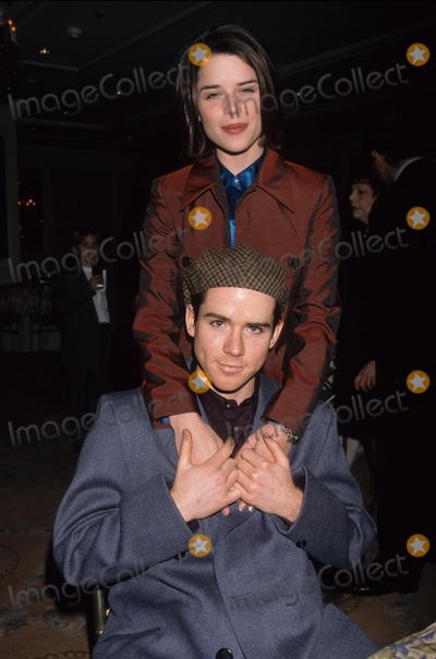 Christiane Campbell Photo - Neve Campbell with Brother Christian Campbell Tourette Syndrome Assoc Dinner and Beverly Hills  Ca 1998 K11301lr Photo by Paul Skipper-Globe Photos Inc