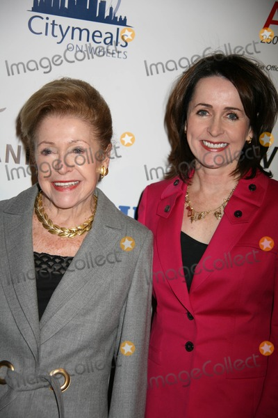 Carol Higgins Clark Photo - Citymeals on Wheels Honors Joan Tisch and Joan Weill at 23rd Annual Power Lunch For Women at Cipriani 42nd Street in New York City 11-20-2009 Photos by Sonia Moskowitz Globe Photos Inc 2009 Mary and Carol Higgins Clark