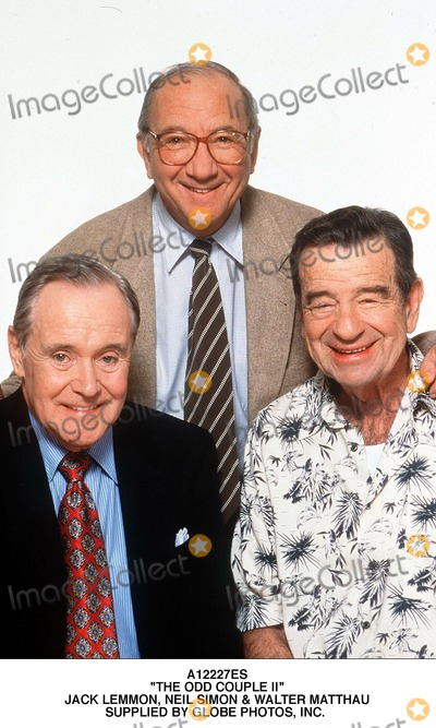 Walter Matthau Photo - the Odd Couple Ii Jack Lemmon Neil Simon  Walter Matthau Supplied by Globe Photos Inc