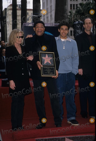 Al Jarreau Photo - AL Jarreau with Wife and Son Star Hollywood Walk of Fame in Hollywood  Ca 2001 K21233psk Photo by Paul Skipper-Globe Photos Inc